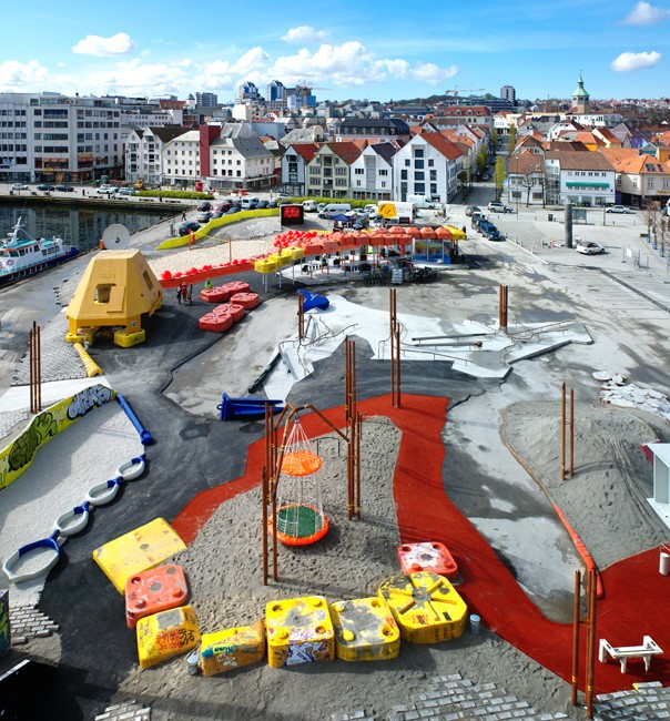 stavanger-norway-oilfield-playground-helen-and-hard1